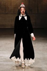 meadham-kirchhoff-autumn-fall-winter-2013-lfw14