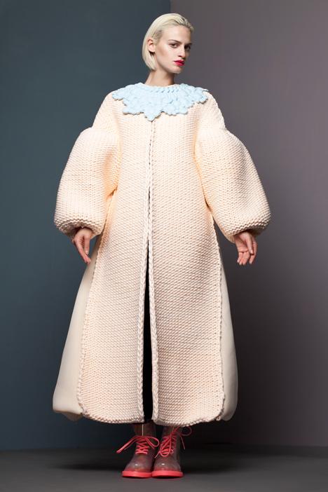 dezeen_RCA-Fashion-Show-2013-Xiao-Li_5